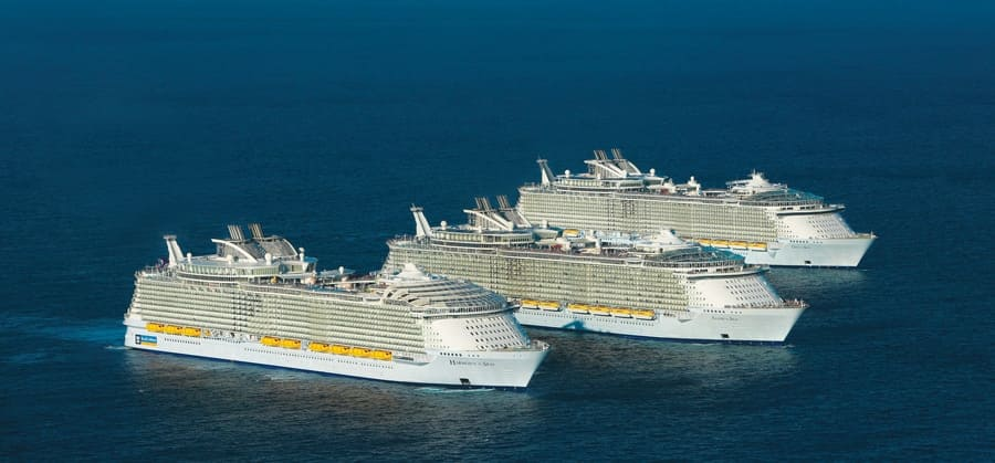Keeping passengers and cruise crew on the go: KONE's maintenance teams are working at all three Oasis-class cruise ship vessels Harmony of the Seas, Oasis of the Seas, Allure of the Seas.